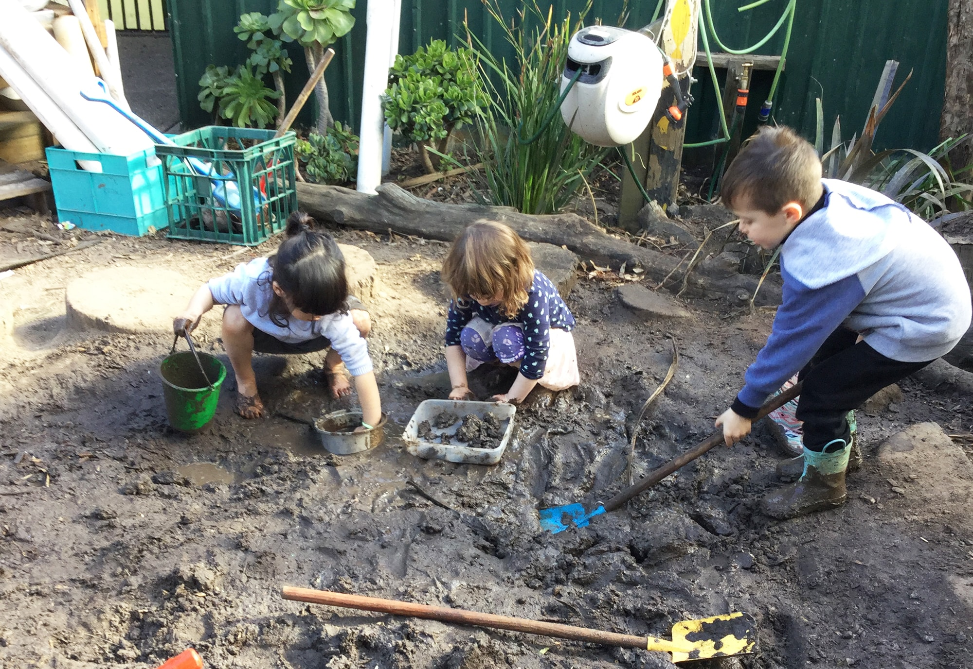 We provide intentional teaching & play based experiences
